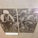 Фотовыставка местных жителей на потолке.